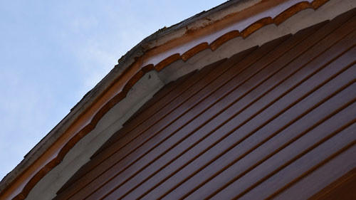 brown weatherboard cladding